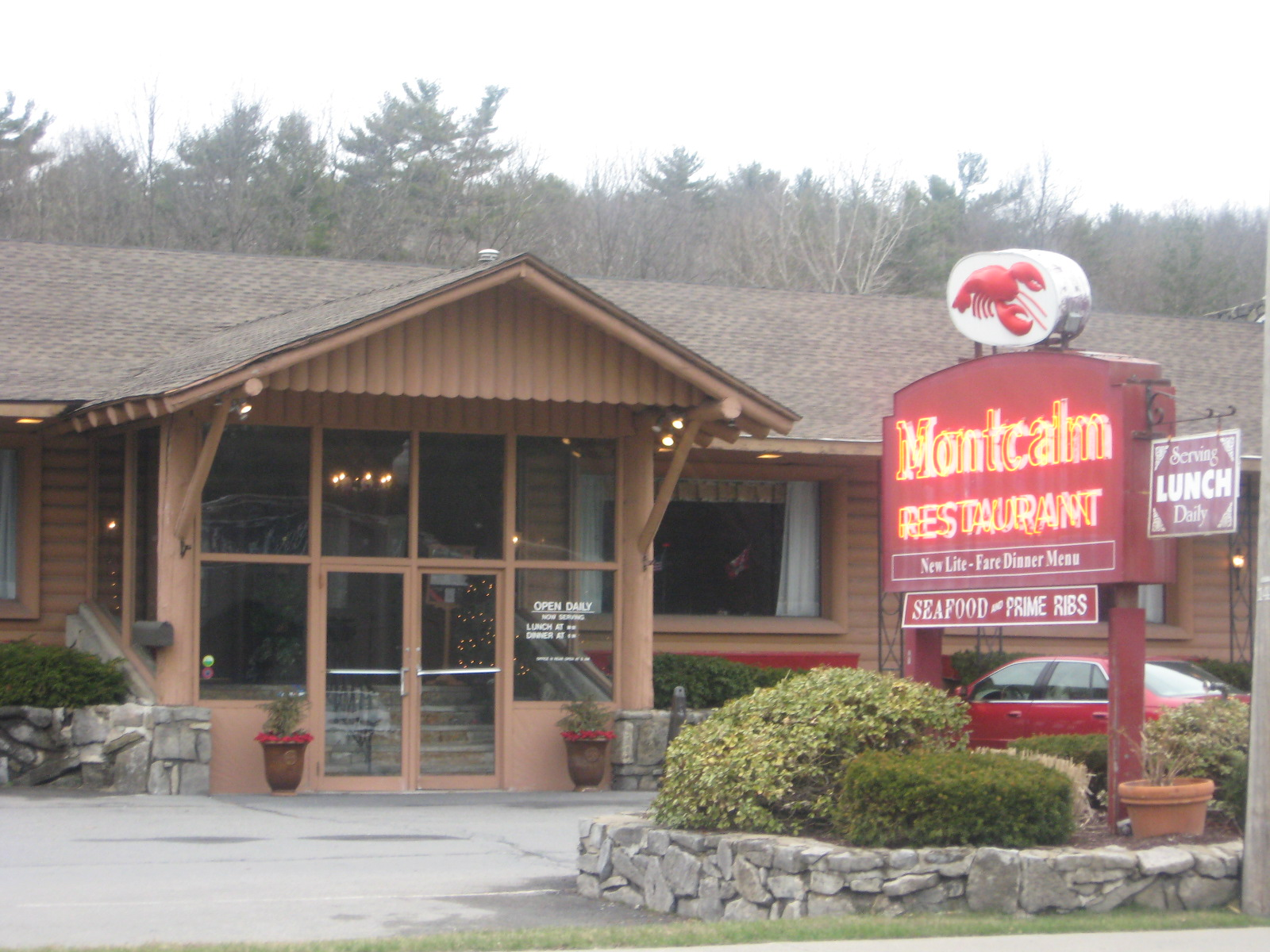 Montcalm Restaurant Site Will Become More Lake George Outlet