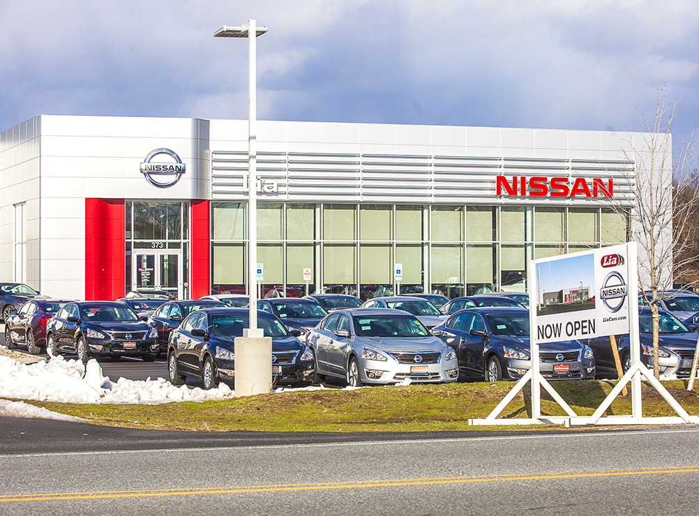 Lia Nissan Glens Falls >> Lia Nissan Opens Automobile Dealership On Dix Avenue In
