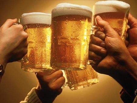 beer-cheers-toasting.jpg