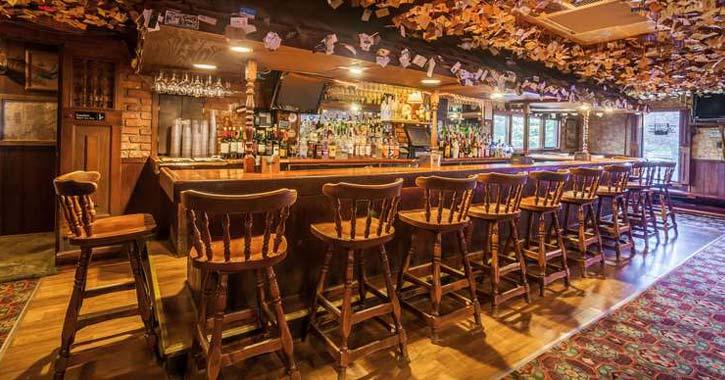 bar in big moose inn
