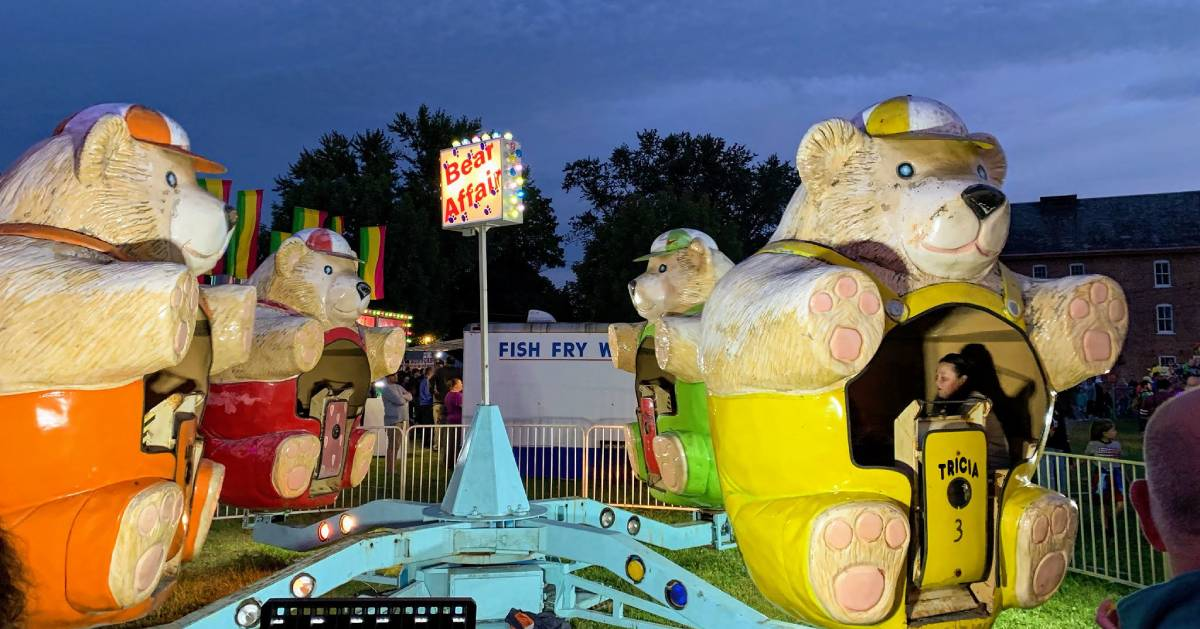 Bear Affair carnival ride