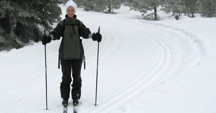 female cross-country skier