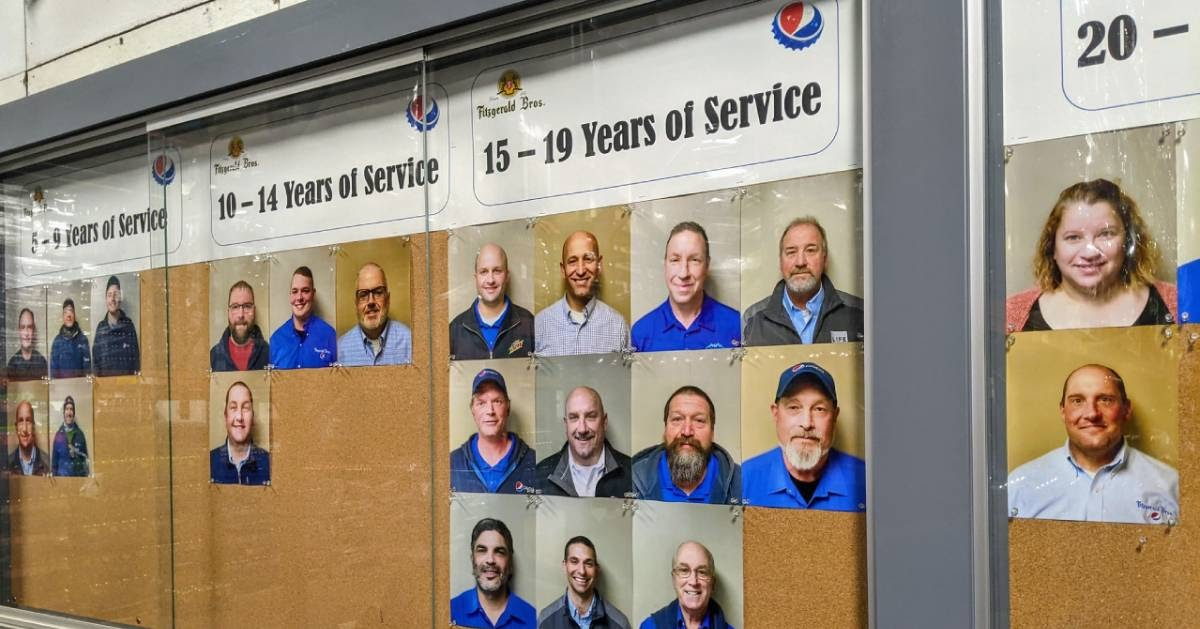 wall recognizing employee years of service