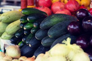 farmer market stand squash