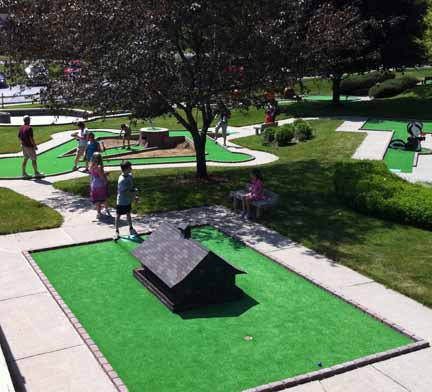 Hillbilly Fun Park Mini Golf