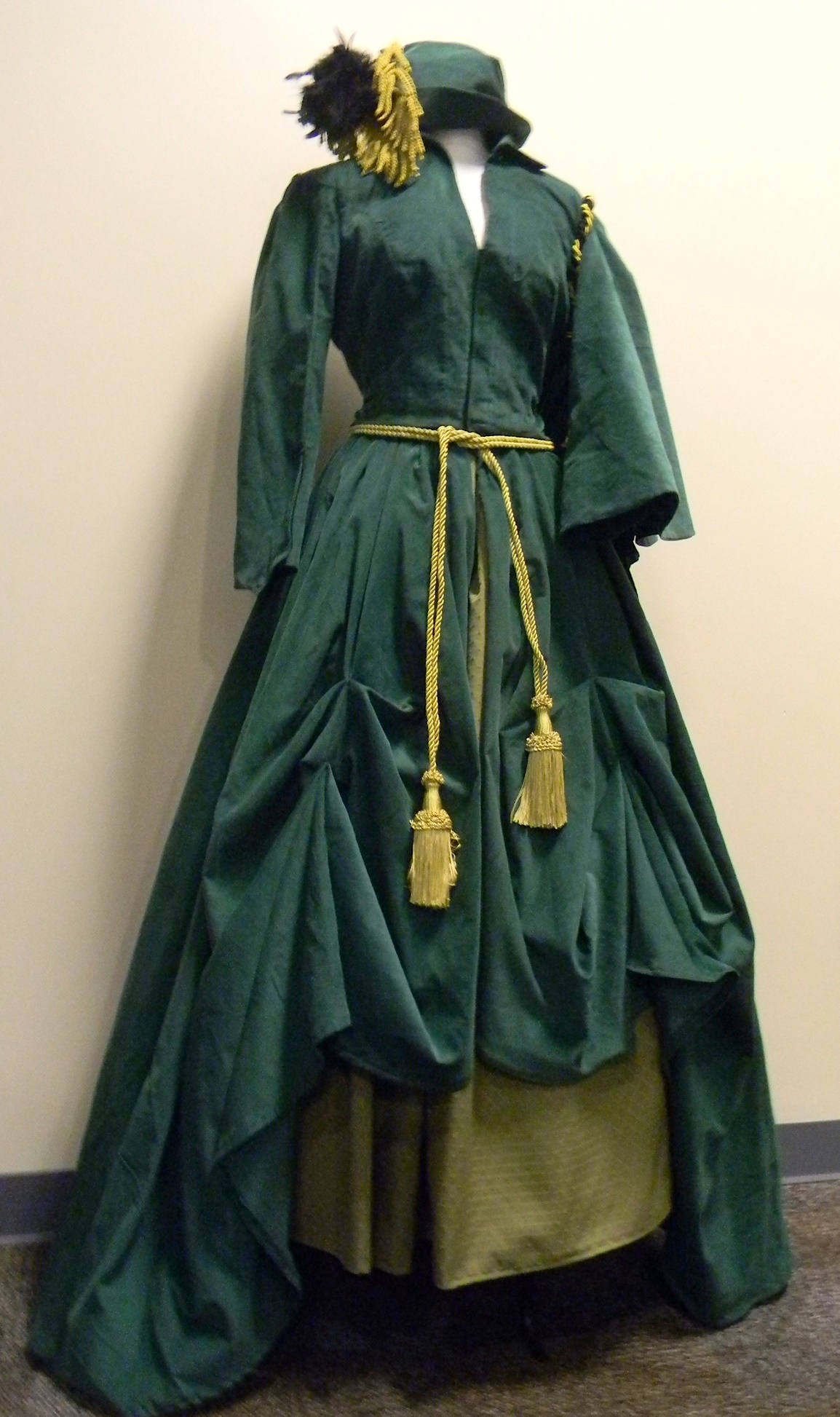Scarlett O'Hara Dress Replica.jpg
