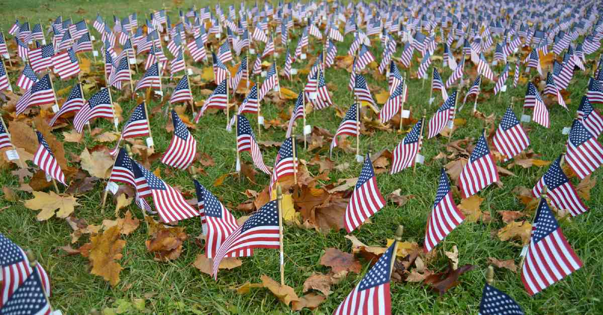 field of flags at fort william henry