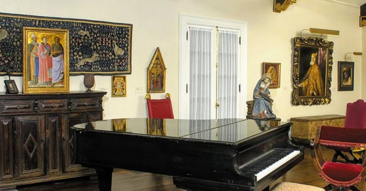 music room in museum