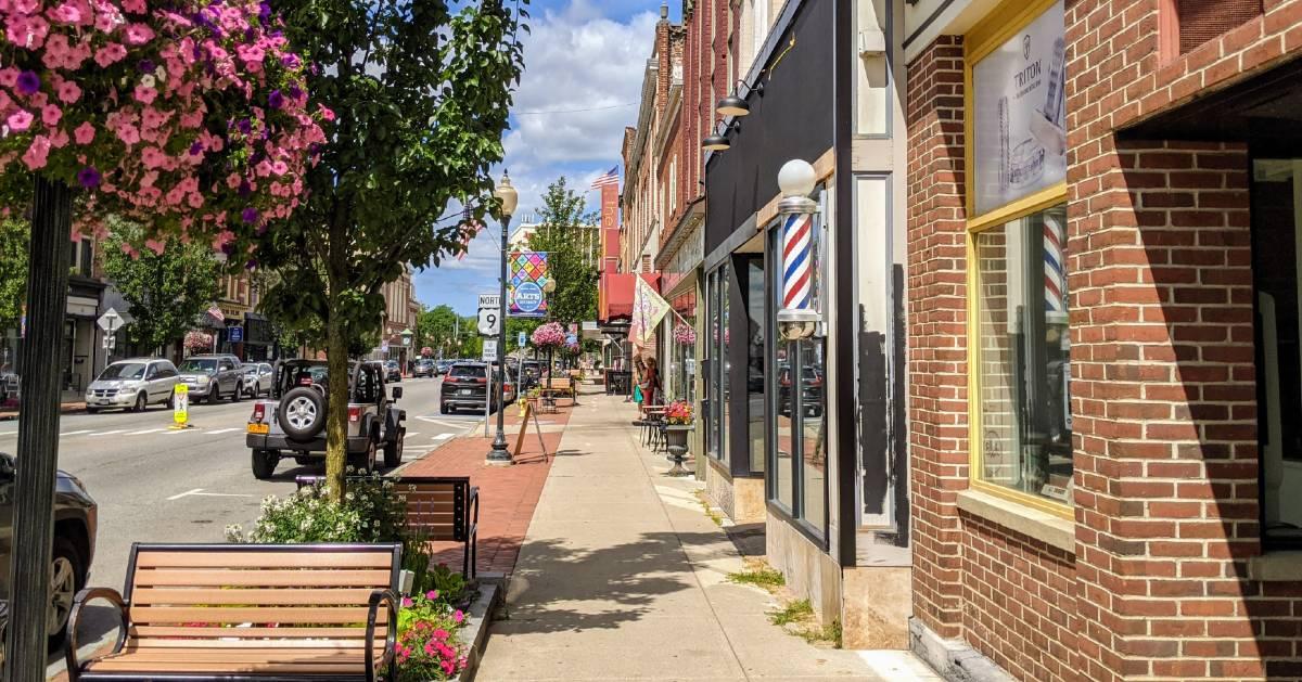 Glens Falls street
